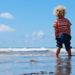 4 Ways to Help your Child Play Independently
